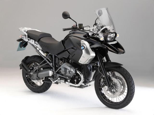 2011-BMW-R1200GSTripleBlackd