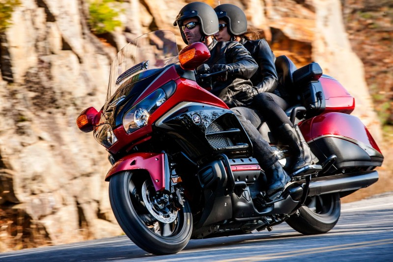 GL1800 Goldwing_movimento