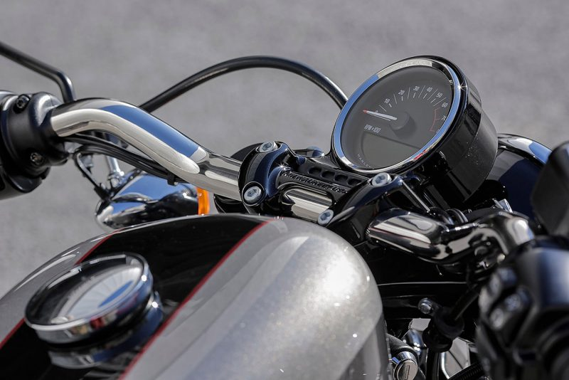 harley-davidson-roadster-review-9